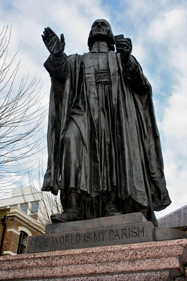 Statue_of_John_Wesley,_Wesley's_Chapel