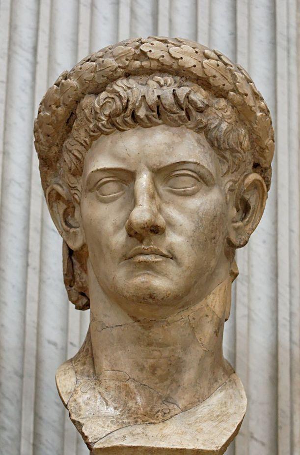 800px-Claudius_Pio-Clementino_Inv243